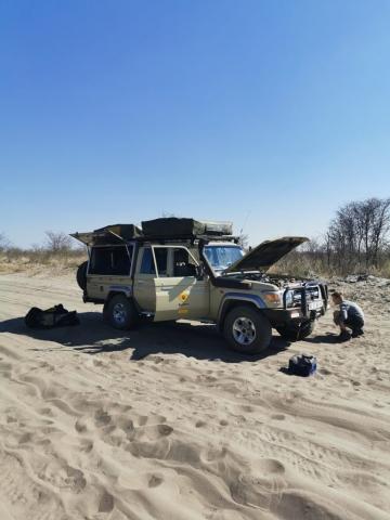 Im Sand den Reifendruck senken